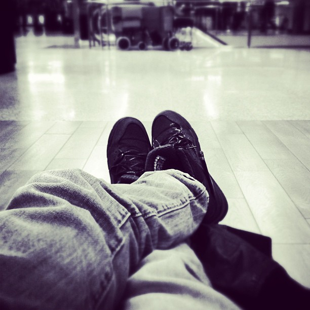 wating-rome-airport